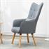 Fernsehsessel mit Kissen von Estexo, TV Sessel Polsterung mit Knoepfen, stabile Holzbeine, Farbe Grau, Seitenansicht