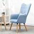 Fernsehsessel mit Kissen von Estexo, TV Sessel Polsterung mit Knoepfen, stabile Holzbeine, Farbe Hellblau, Seitenansicht