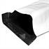 Versandtaschen selbstklebend verschiedene Groessen aussen weiss und innen schwarz blickdicht Briefumschlaege aufgerollt