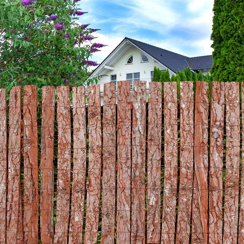 Baumrinde-Sichtschutz-Zaun-001.jpg