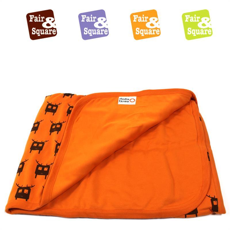 Fair-and-Square-Kinderdecke-orange-95x120cm-002.jpg